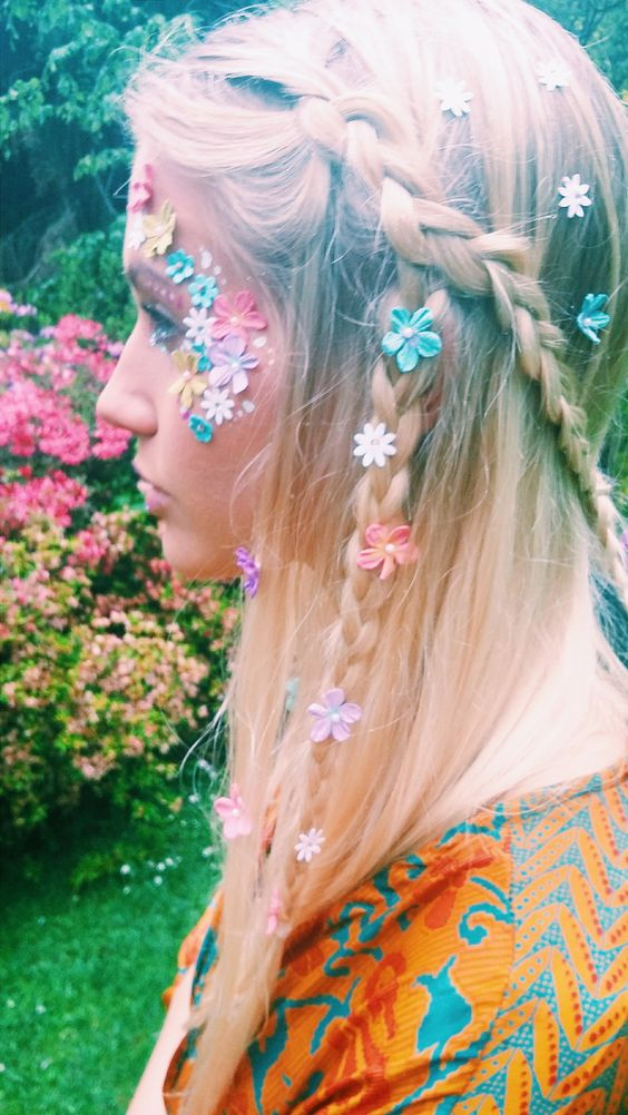 daisy-hair-coachella