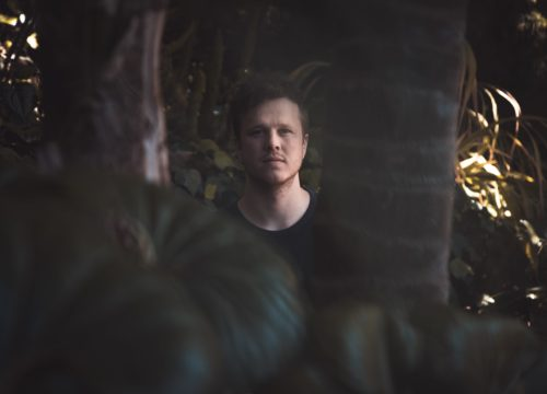 "Daktyl Reveals Acoustic Video for ""Oscillate"""