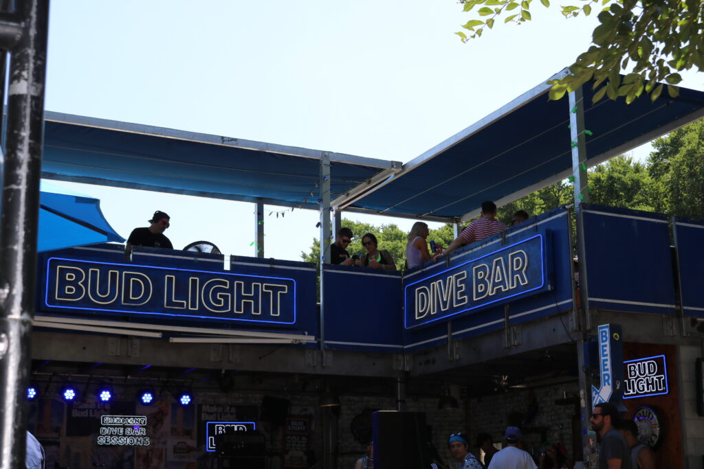 Bud Light Dive Bar